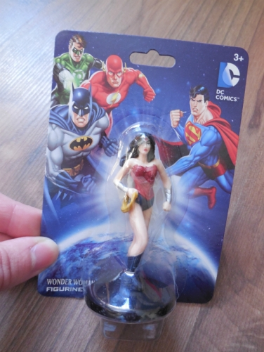 wonderwomanfigurine